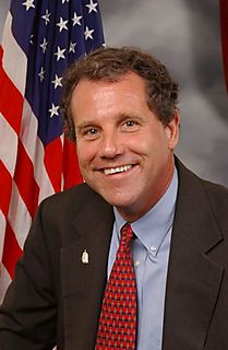 391px-Sherrod_Brown,_official_House_photo,_color